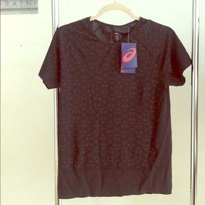 New Asics quick dry running shirt